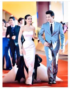 Yaya Thai Princess, Strapless Dress Formal, Formal Dresses, Evening Dresses, Asian Beauty, My Idol, Actors & Actresses, Gowns, Couples
