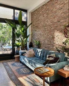 Home Living Room, Living Room Designs, Living Room Decor, Bedroom Decor, Deco Design, Design Moderne, Loft Interior, Interior Design, House And Home Magazine