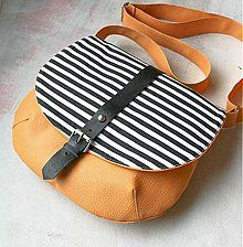 Kabelky - Adeline (žltá) - 3951288_ Saddle Bags, What To Wear, Handmade, Clutches, Design Inspiration, Stripes, Amazing, Fashion, Hand Made