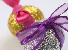Huevos de pascua con purpurina. - Easter eggs purpurine. - Easter Glitter Eggs.