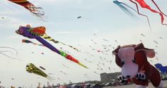 Kite Flying On a Grand Scale [Video]