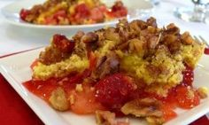 Super simple (dump cake type) with only cake mix, canned cherry pie filling, canned pineapple, butter and walnuts. Dump Cake Recipes, Fruit Recipes, Sweet Recipes, Dessert Recipes, Cooking Recipes, Dump Cakes, Cherry Pineapple Dump Cake, Canned Pineapple, Horses