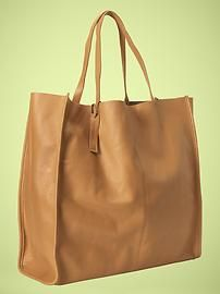 Great leather shopper in the perfect shade of tan...