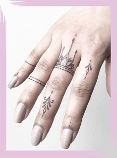 Tiny finger tattoos for girls; small tattoos for women; rin… Tiny finger tattoos for girls; small tattoos for women; finger tattoos with meaning; Tattoo Girls, Girl Finger Tattoos, Finger Tattoo Designs, Tattoo Finger, Hand And Finger Tattoos, Finger Henna, Small Hand Tattoos, Womens Finger Tattoos, Cross Finger Tattoos