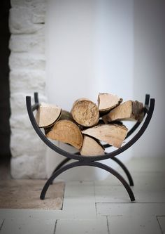Charmant Black Iron Log Holder   Fireside   Garden Trading
