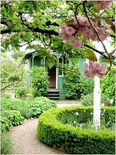 cottage - garden