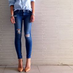 The perfect skinnies as seen on Tash Sefton from #TheyAllHateUs.. Shya cigarette by @Genetic denim