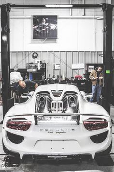 fullthrottleauto:  918 (by Connor G photography) (#FTA)