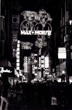 November 1987: Weihnachtseinkauf in der Großen Packhofstrasse | Quelle: Ralf Decker