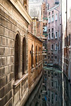 "breathtakingdestinations: "" Venice - Italy (by Roman Pfeiffer) """