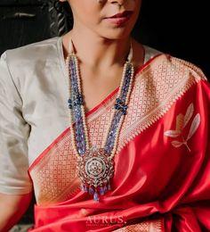 Indian Jewellery Design, Indian Jewelry, Jewelry Design, Unique Jewelry, Antique Necklace, Fashion Updates, Wedding Looks, Fashion Studio, Wedding Jewelry