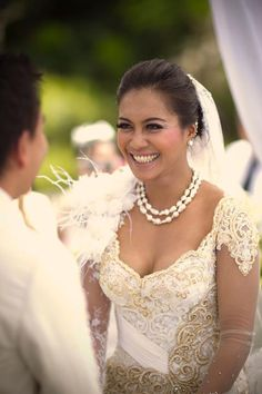 Kebaya! Perfect for my wedding :)