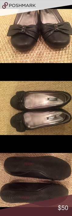 Ecco leather bow ballet flat Very comfortable padded flats.  Black leather with black leather bow at toe and tiny studded detail.  Lightly worn.  Very good condition. Ecco Shoes Flats & Loafers