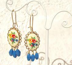 Raindrops - Vintage Floral Earrings