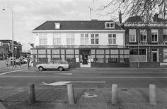 1984.                                                         Café- Restaurant van Aken.