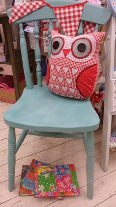 one chair, one owl..