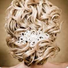 Beautiful hair for a wedding! Or any formal event!