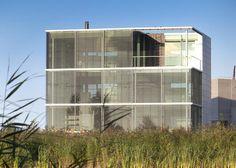 « Older story Newer story »  Rieteiland House by   Hans van Heeswijk