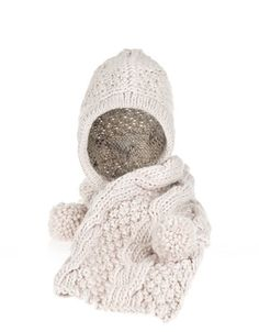 CABLE KNIT HOODED SCARF