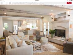 Abbinare divano alle pareti - Soggiorno in stile shabby chic ...