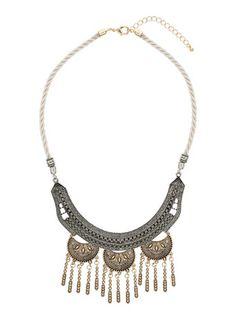 Halskette mit geprägtem, geschwungenem Riegel