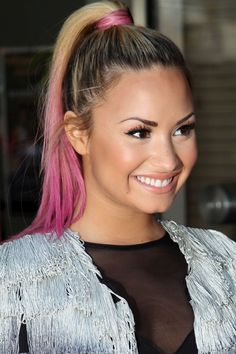 Demi Lovato pastel pink ombre ponytail hair