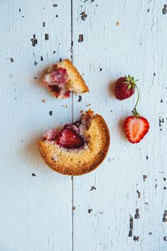 Aaaand the strawberry saga continues. First there was the strawberries and  cream pavlova, then there was the roasted strawberry and balsamic vinegar  ice cream sandwiches, and now there's strawberry financiers. And there's  still one more strawberry recipe to post next week (hint: it's jam).