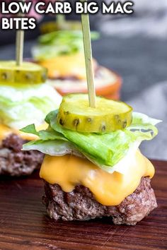 These Low Carb Big Mac Bites are a keto recipe for mini bunless burgers that make a great low carb appetizer or game day food idea! These are one of those easy appetizer recipes that appeals to those…More 12 Easy Keto Diet Friendly Snacks & Treat Recipes Big Mac, Low Carb Appetizers, Easy Appetizer Recipes, Snack Recipes, Dinner Recipes, Dessert Recipes, Smoothie Recipes, Appetizer Ideas, Low Crab Recipes