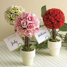 Piantine colorate come segnaposto per il #matrimonio! Una bella #idea!