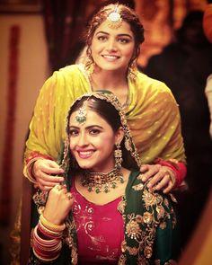 Love Wallpapers Romantic, Punjabi Actress, Bollywood Photos, Damsel In Distress, Business Card Mock Up, Beautiful Indian Actress, Punjabi Suits, Modest Fashion, Indian Actresses