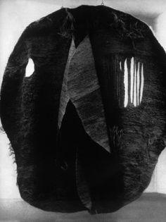 Abakan Red, Magdalena Abakanowicz, 1969