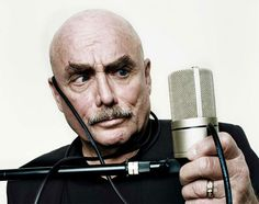 Don LaFontaine   Aug 26, 1940 - Sept 1, 2008  http://www.freeinfosociety.com/media/images/2932.jpg