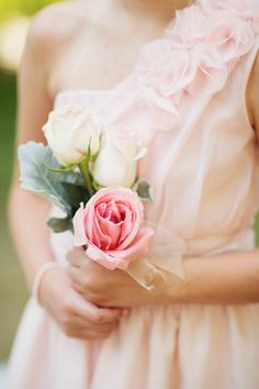 Simple, rose bridesmaid bouquet - Blush Pink Bridesmaid #PinkWedding #Wedding