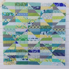 Another quick scrappy baby quilt, this time a pattern by Hoping to get a few more charity quilt tops knocked out before my sewjo… Quilting Projects, Quilting Designs, Sewing Projects, Quilting Ideas, Baby Girl Quilts, Girls Quilts, Kid Quilts, Jellyroll Quilts, Scrappy Quilts