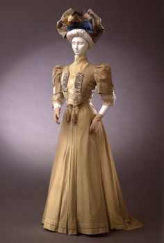 Day dress, 1905-06 From the Galleria del Costume di Palazzo Pitti via Europeana Fashion