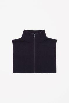 COS | Merino wool collar