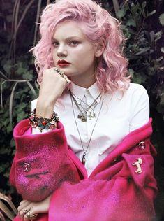 ピンクの髪の色