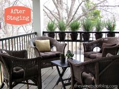 How to Sell House Fast: Staging Patio  http://thesweetspotblog.com/how-to-sell-house-fast-declutter-staging/
