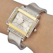 Women's Diamante Rectangle Dial Alloy Band Qu... – GBP £ 5.72