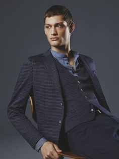 Casual or tailored with polka dot pattern  check out the men s Tailored  Beat looks from Sisley for Get them in stores. fb8d58a71