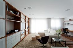 Ahu 71 Apartment by Leandro Garcia (1)