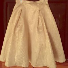 SKIRT Add feminine flair to your look with this ladylike midi skirt  front and back box pleats along the waistline Center back zipper falls below the knee Fully lined with tulle trim  Dry Clean Only Available in S M L.....NWT ❌trades ❌PayPal Soloiste Skirts Midi