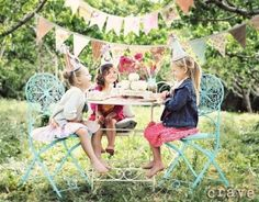 i love this photo- maybe for a tea party idea for a birthday party....my brain's wheels are a-turnin'... by shelby