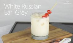 4 ingredients = 1 White Russian Earl Grey! Steep your vodka with loose leaf Earl Grey de la Creme black tea to create this flavor-filled cocktail.