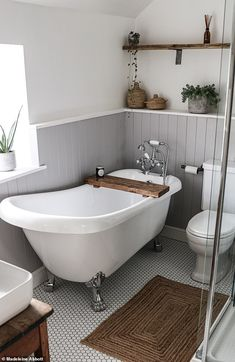 First-time buyer turned a tiny bedroom into a spacious bathroom Vlogger Madeleine Abbott and boyfriend Alex, both bought a four-bedroom cottage in a west Cornwall village in December last year with plans to make it their own. Small Bathroom With Bath, Family Bathroom, Modern Bathroom, Small Bathrooms, Bedroom With Bath, Baths In Bedrooms, Bathroom With Window, Bathroom With Shower And Bath, Master Bathroom
