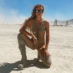 Burning Man Girls, Burning Man Art, Rave Wear, Festival Outfits, Costume Design, Cover Up, Cosplay, Costumes, How To Wear
