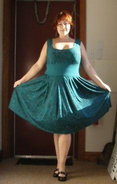 50s Style Dress Pattern.  Plus Size. Free Pattern.  BurdaStyle