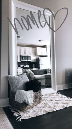 Stylish living room decorations for small rooms - # for . Stylish living room decorations for small rooms - # rooms The decoration of home . Simple Apartments, House Rooms, Bedroom Decor, Apartment Decor, First Apartment Decorating, Stylish Living Room, Home, Simple Apartment Decor, Bedroom Design
