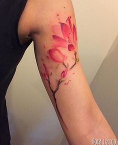 Bora watercolor flower magnolia tattoo