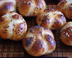 Bread Machine Recipes, Bread Recipes, Cooking Recipes, Good Food, Yummy Food, Food Tasting, Happy Foods, Bread Rolls, Dinner Rolls